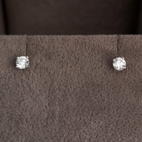 0.29 Carat Round Brilliant Cut Diamond Stud Earrings