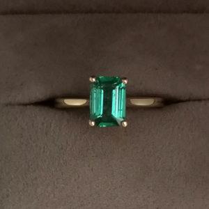 1.40 Carat Zambian Green Emerald Ring in Yellow Gold