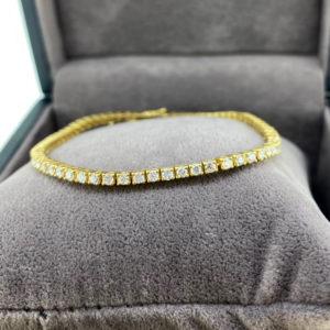 2.23 Carat Diamond Line Yellow Gold Bracelet