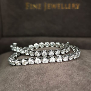 3.10 Carat Diamond Line White Gold Bracelet